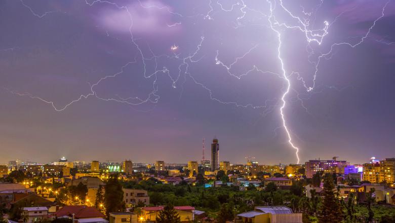 ploaie furtuna nori vreme meteo toamna vara