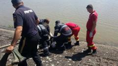 scoatere cadavru inecat pompieri