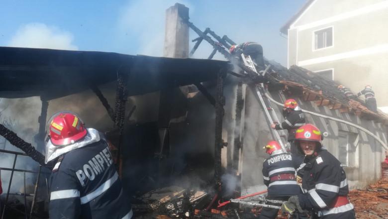 incendiu langa biserica Marghita (2)