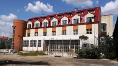 hotel-abandonat-arad-1