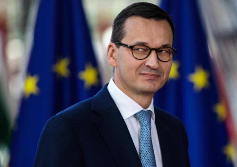Guvernul Poloniei anunță o lege prin care va interzice Twitter și Facebook să blocheze conturi sau să șteargă postări