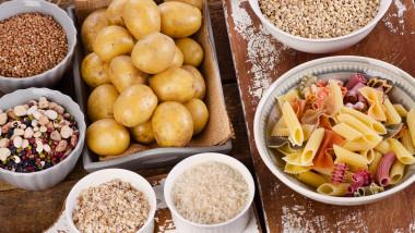 mancare carbohidrati paste cartofi