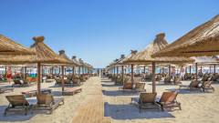 statiunea mamaia mare plaja romania shutterstock_456884284