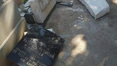 piatra funerara valeriu stelian_zoia alecu
