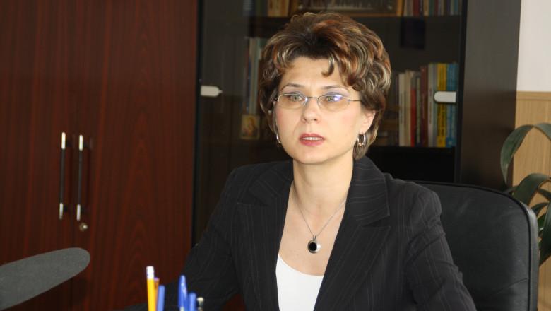 procuror iuliana olteanu portret