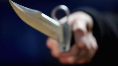 Tânăr înjunghiat mortal într-o parcare din Sibiu
