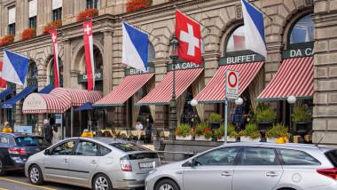 elvetia steag elvetian strada drapel shutterstock