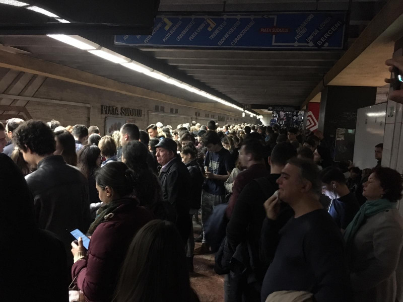 defectiune metrou Piata Sudului 241018