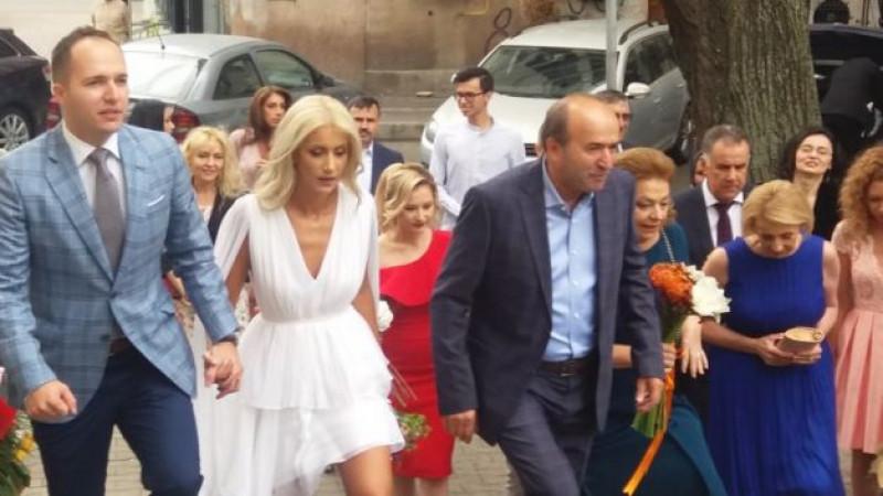 Alexandru Toader şi viitoare soţie, alături de Tudorel Toader