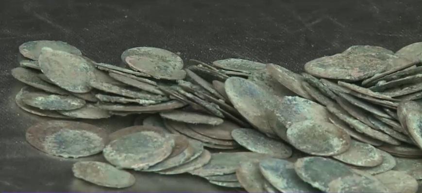 un-bihorean-a-gasit-400-de-monede-de-argint-