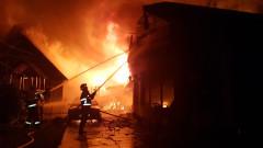 incendiu atelier mobila Salonta 211018 (2)