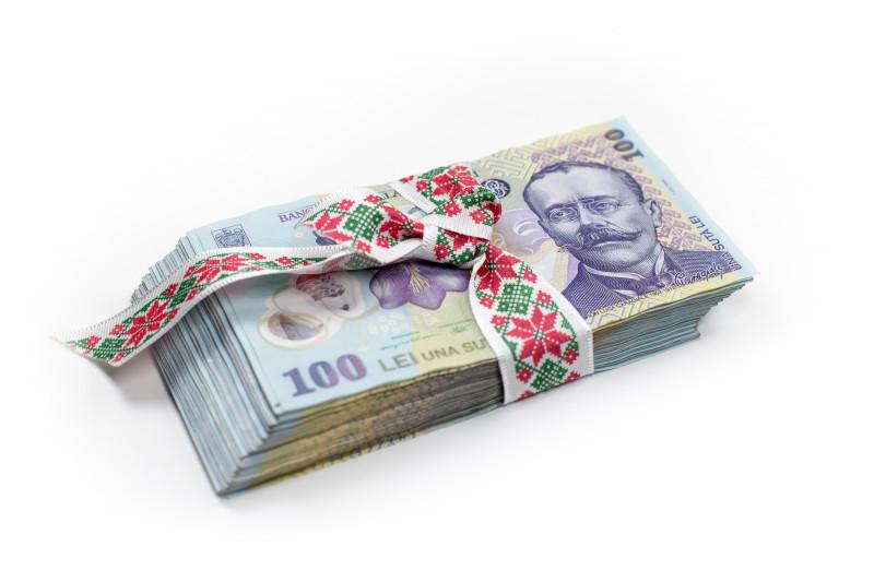 lei bani hartii un milion pachet shutterstock_660704686