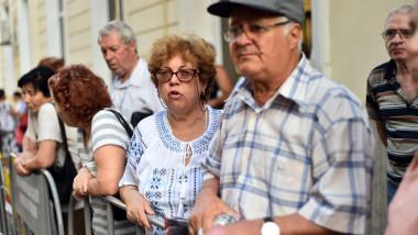 Pensionari, legea pensiilor, pensii pe card