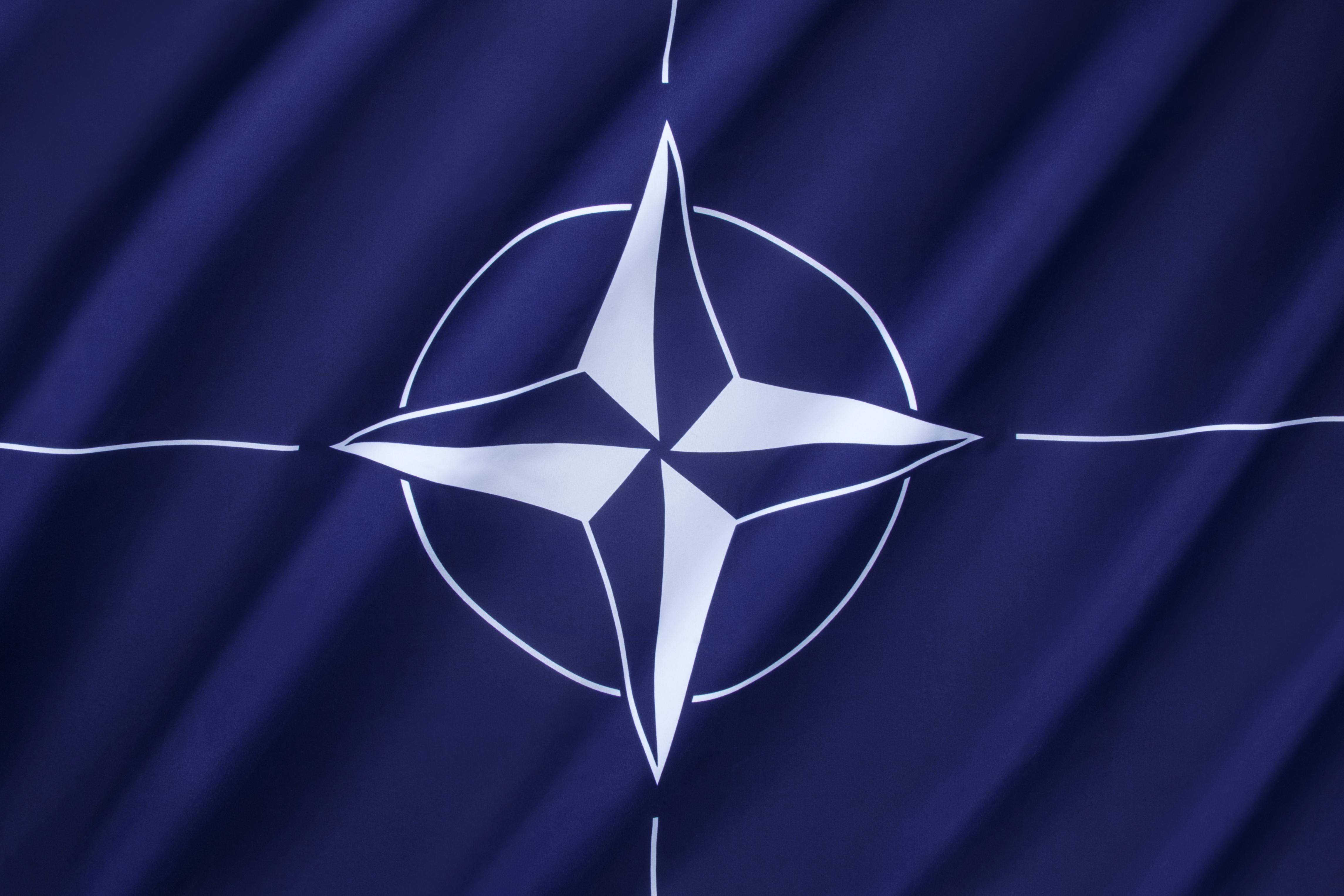 Rusia încalcă tratatul armelor nucleare, acuză NATO