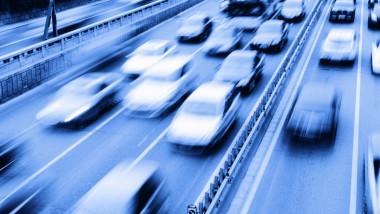 piata auto shutterstock