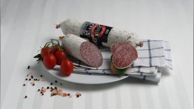 Asociaţie: Un român mănâncă doar 4 felii de salam de Sibiu pe an