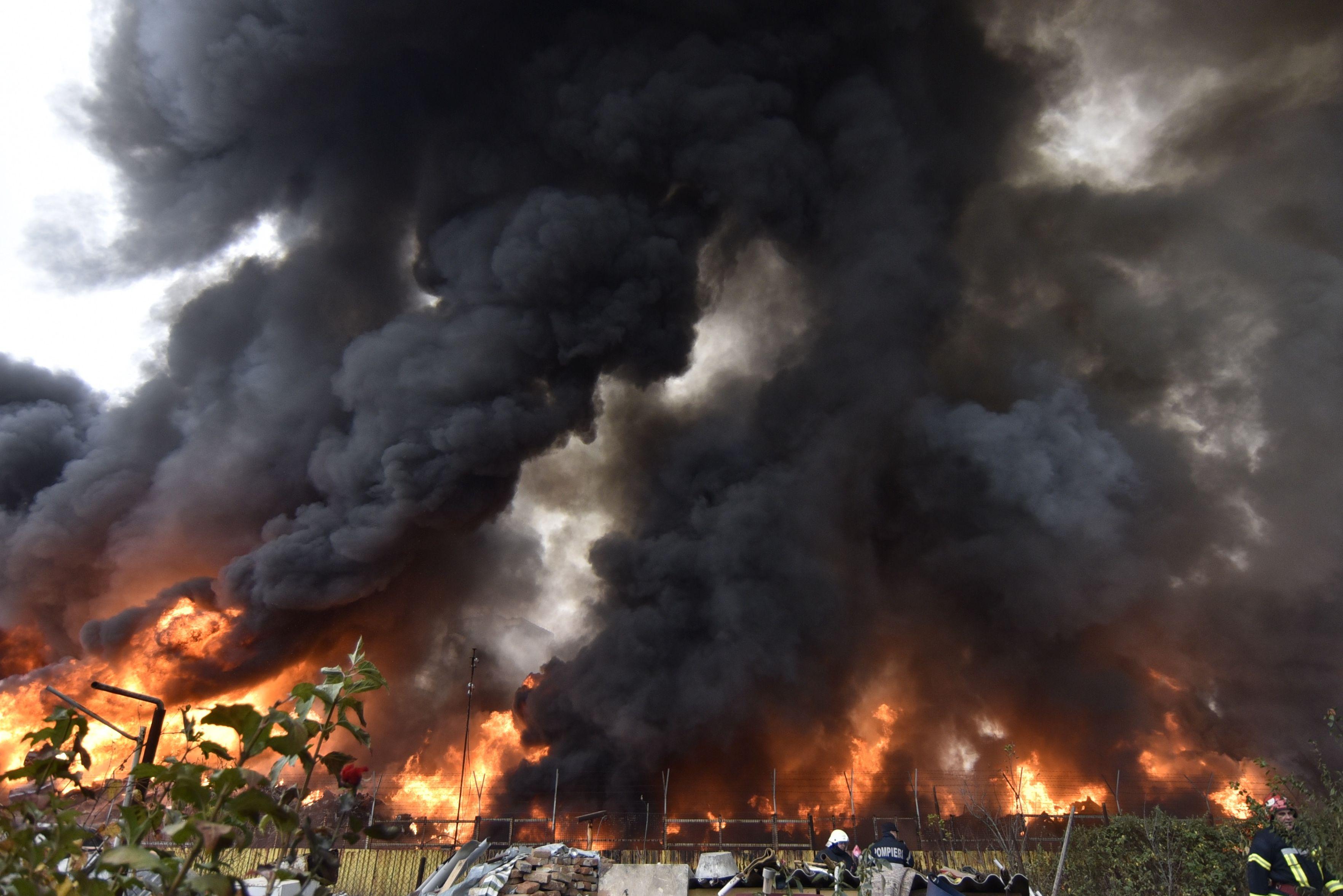 image_67549 incendiu craiova inquam photos octav danescu