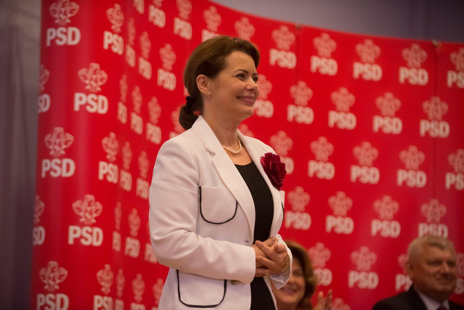 """Fost ministru PSD, dupa ultimul mesaj al Corinei Cretu: """"Abia acum putem vorbi de tradarea interesului national"""""""