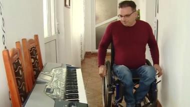 barbat dizabilitati