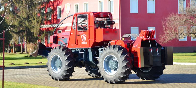 tractor taf 690 pe