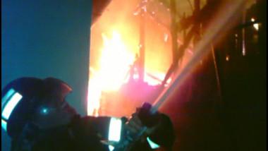 incendiu pensiune Biharia