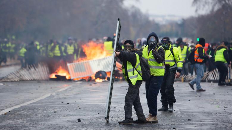 proteste vestele galbene paris violente franta