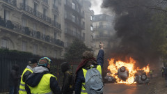 France's 'Yellow Vest' Protesters Return to Champs-Elysees