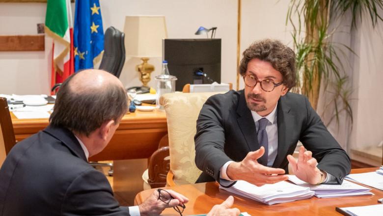 danilo toninelli ministru italian transporturi - fb