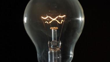Bec, energie electrica,