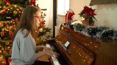 tanara pianista