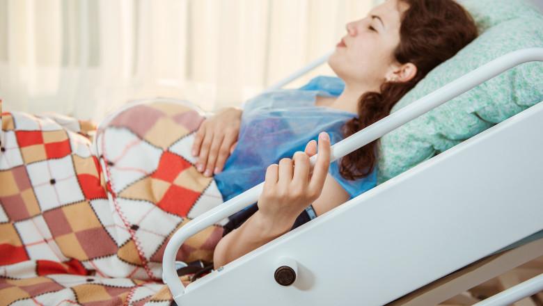 femeie insarcinat in spital nastere cezariana