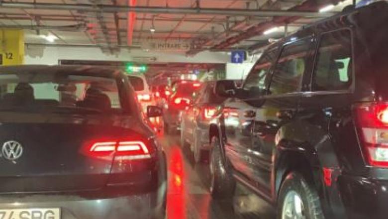 parcare-blocata-mall-promenada