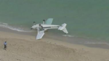 avion prabusit pe plaja miami