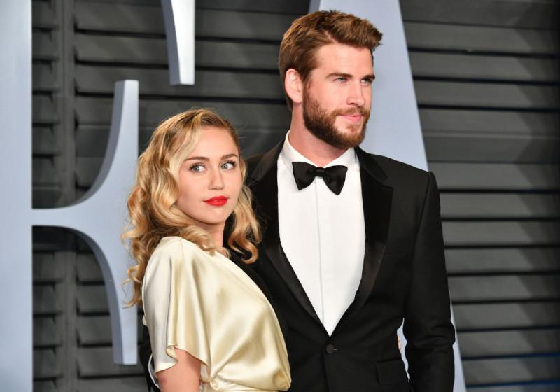 Miley Cyrus și Liam Hemsworth s-au căsătorit. Nunta a avut loc în Tennessee