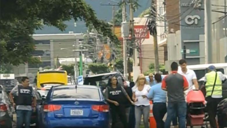 arestare udrea strada costa rica foto diario extra