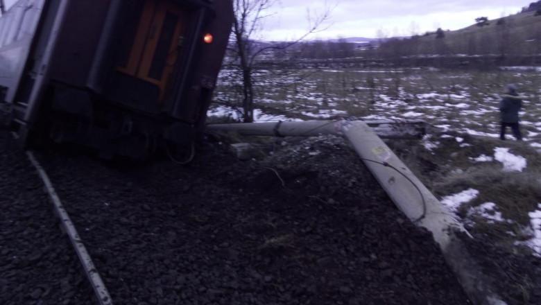 tren deraiat Hunedoara IGSU 231218 (3)