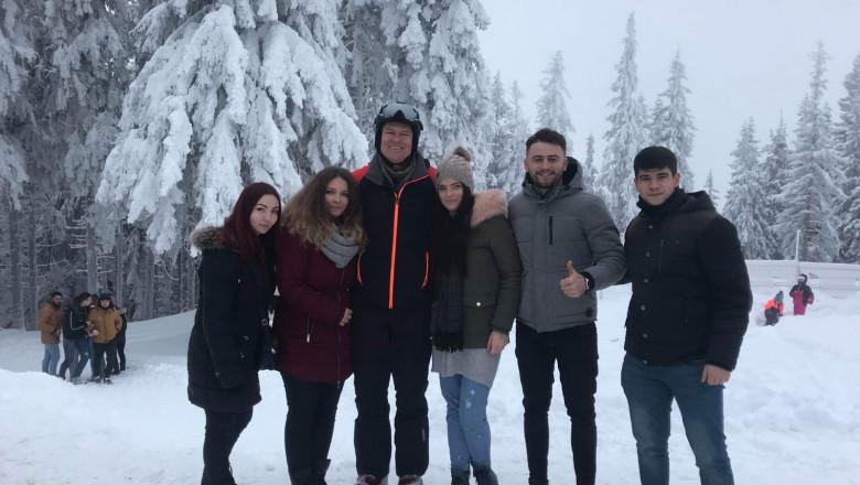 Iohannis cu tineri 311218