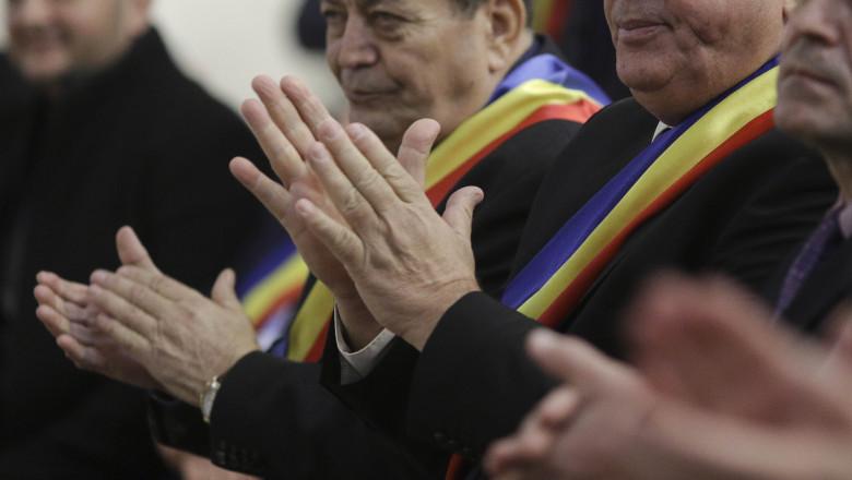 primari aplaudand_INQUAM_PHOTOS_Octav_Ganea