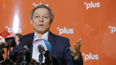 dacian ciolos inquam george calin 20190122132349_IMG_4317-01