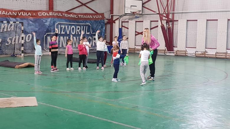 sport handbal copii AS Triumph