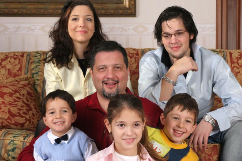 tata eroin octavian radu diverta toti copiii