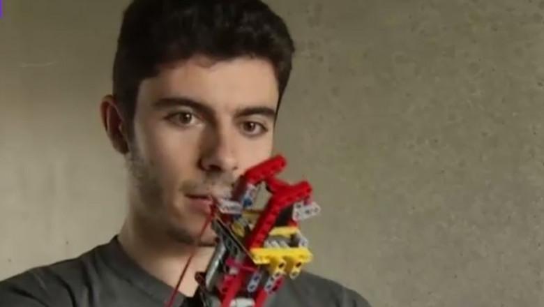 tanar spaniol brat lego