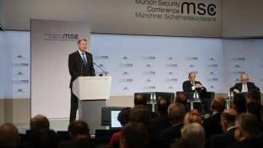 original_participare_la_cea_de-a_55-a_conferinta_pentru_securitate_de_la_munchen_1-presidency