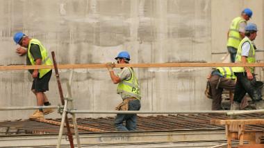 constructor pe santier