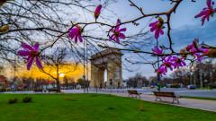 meteo vreme primavara arcul de triumf soare cer bucuresti parc