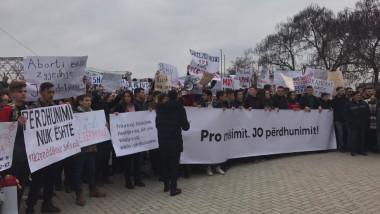 protest-viol-kosovoa-drenas-twitter