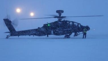 elicopter apache cercul polar