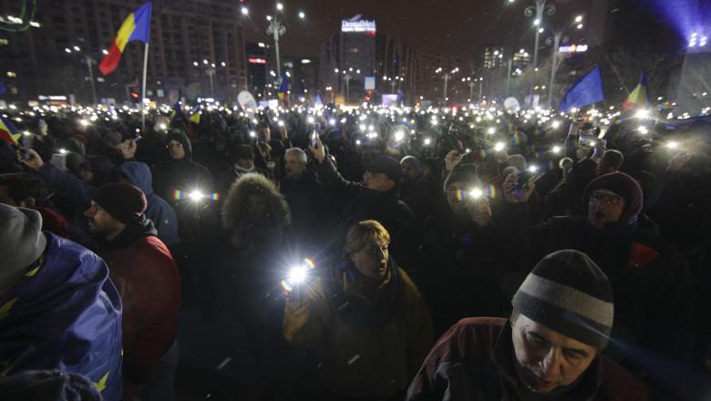 piata victoriei protest luminitele ID106042_INQUAM_Photos_George_Calin