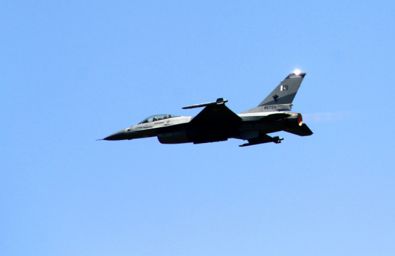 avion f-16 pakistan