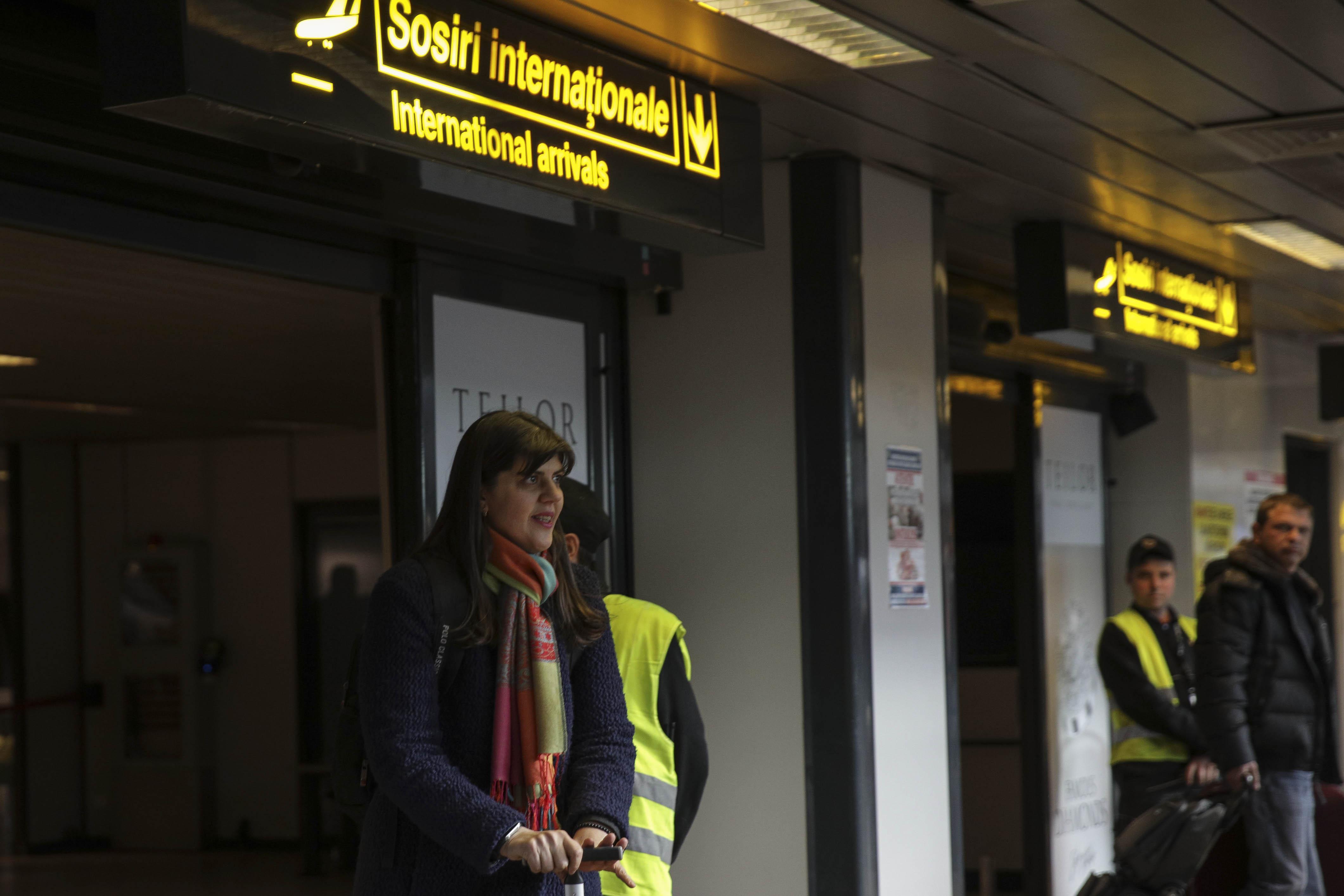 kovesi-aeroport-otopeni-inquamphotos-george-calin (6)